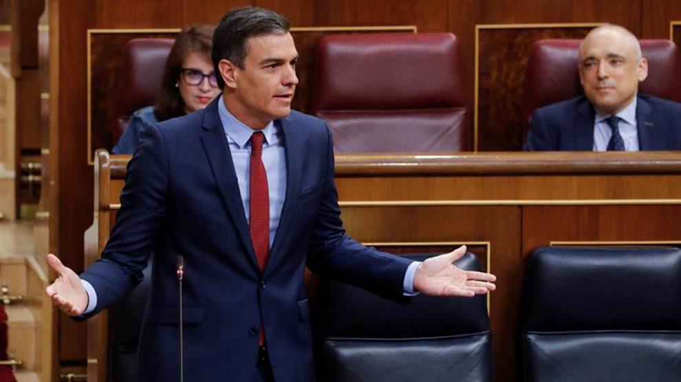 Pedro Sánchez, en una sesión de control al Gobierno durante su respuesta a Pablo Casado.