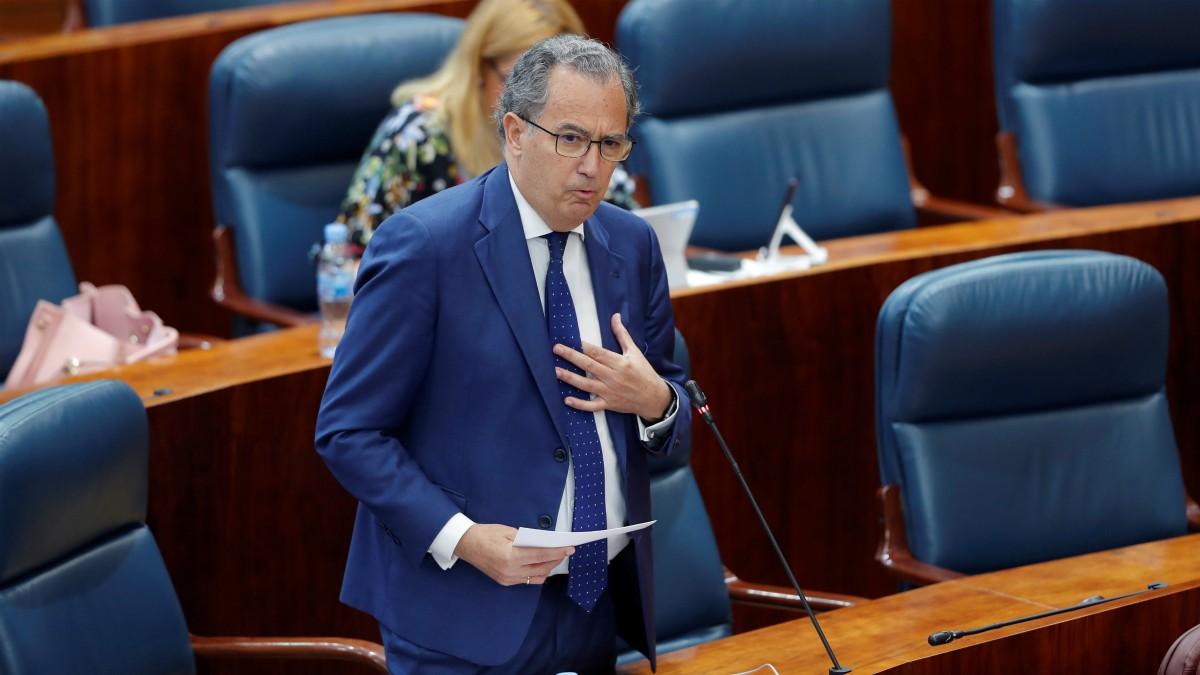 Enrique Matías Ossorio durante su intervención en el Pleno de la Asamblea (Pool)