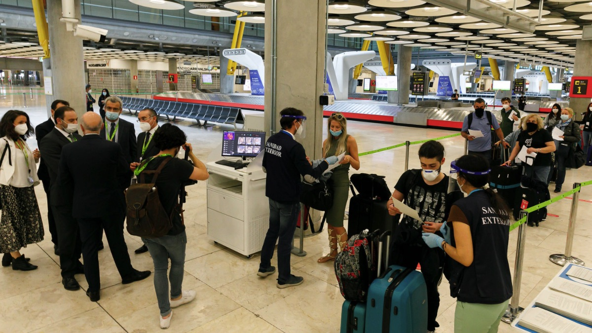 Aduana del aeropuerto Adolfo Suárez Madrid Barajas. (Foto: Ministerio de Transportes)