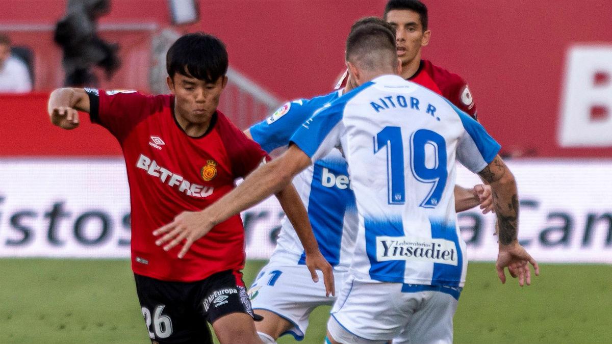 Kubo disputa un balón en el Mallorca – Leganés. (EFE)