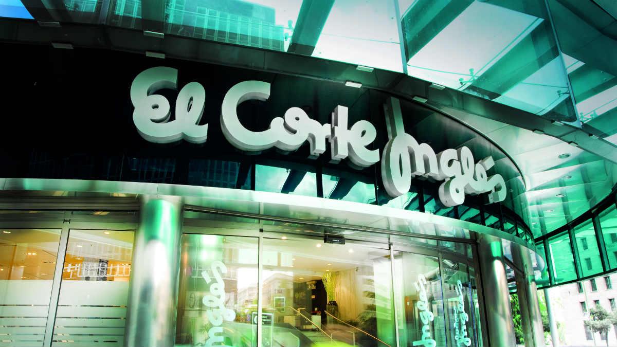 Puerta del centro de Castellana de El Corte Inglés