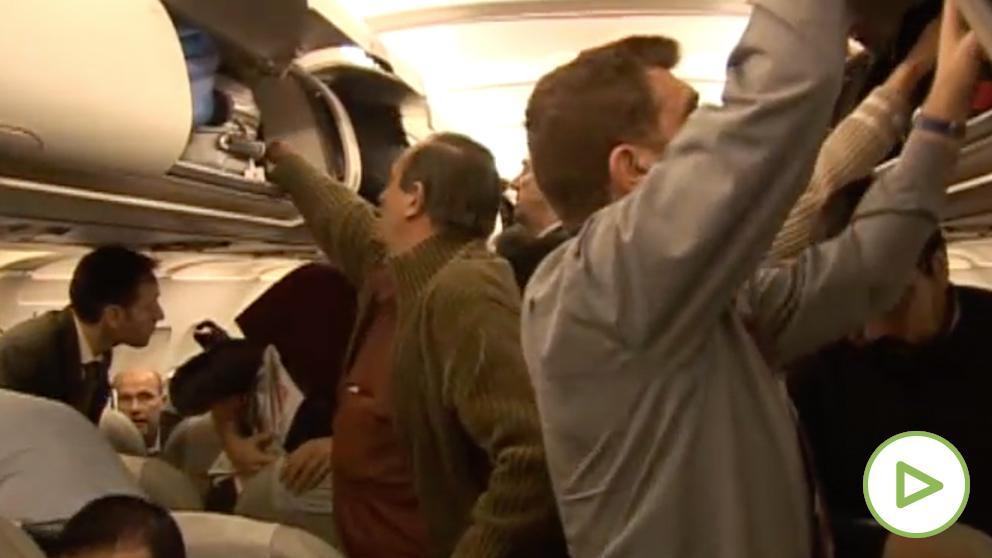 El Gobierno defiende el plan de triple control en los aeropuertos