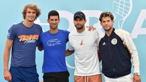Dimitrov, junto a Zverev, Djokovic y Thiem la pasada semana en el Adria Tour. (AFP)
