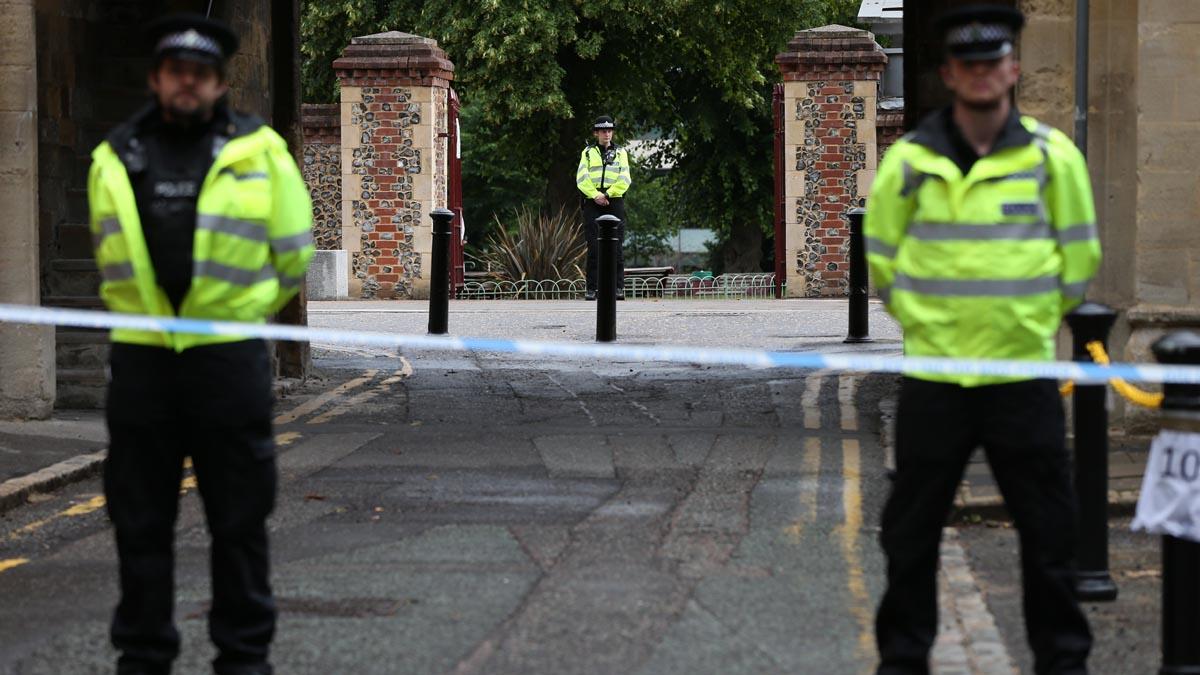 Agentes de la Policía británica.
