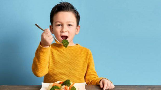 niños verduras