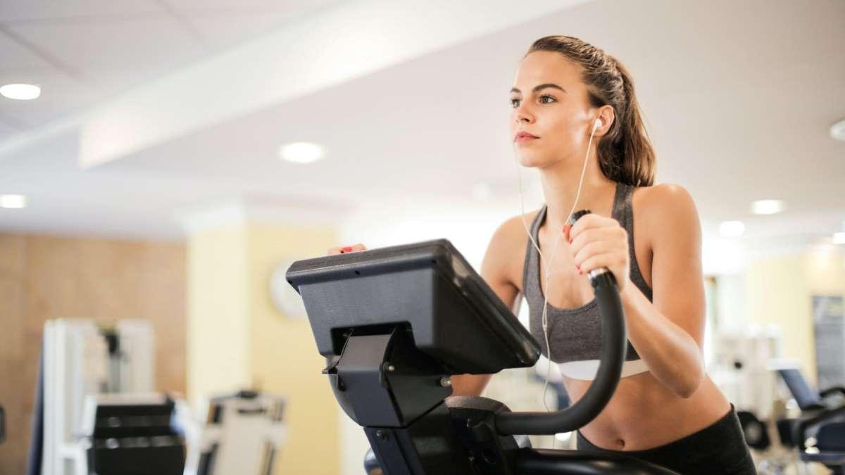 El ejercicio es una de las claves para poder bajar de peso
