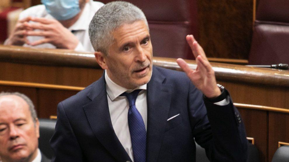 El ministro Fernando Grande-Marlaska, en el Congreso. (Foto: PSOE)
