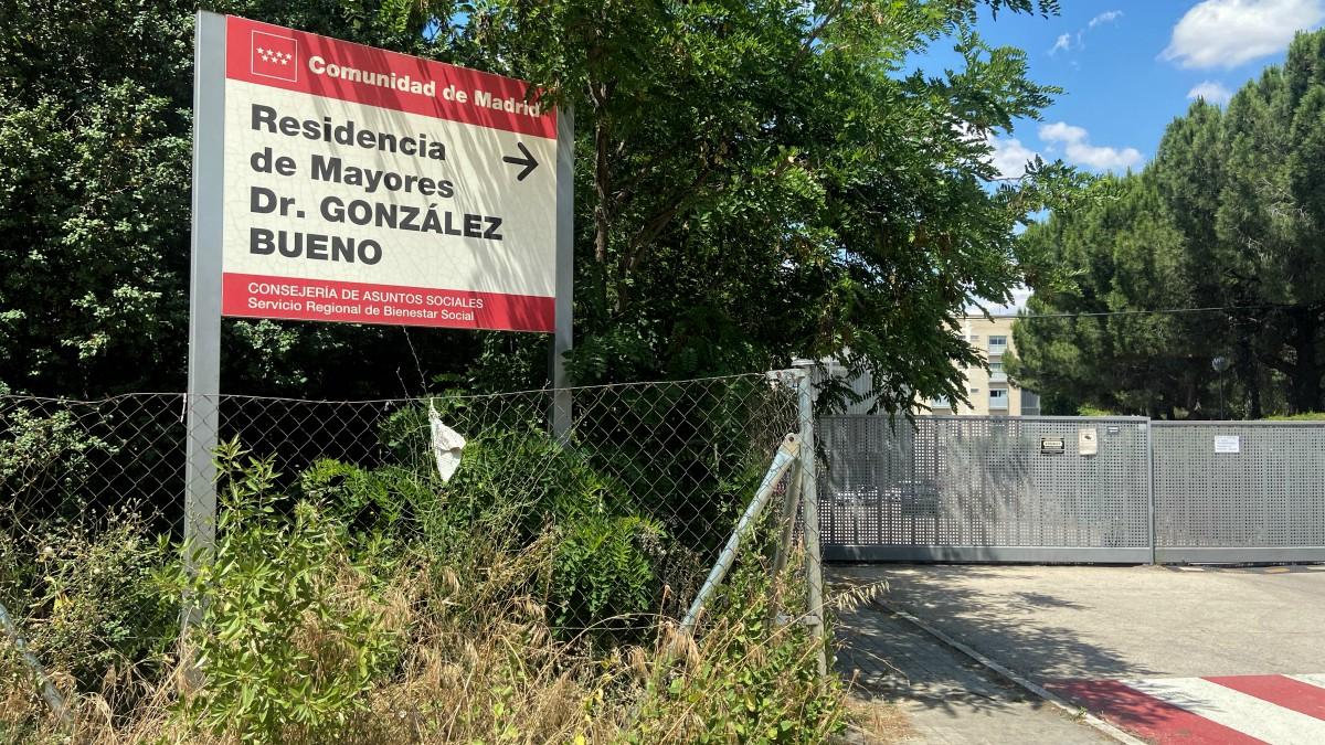 Cartel de entrada de la Residencia Doctor González Bueno (Eduardo Parra – Europa Press)