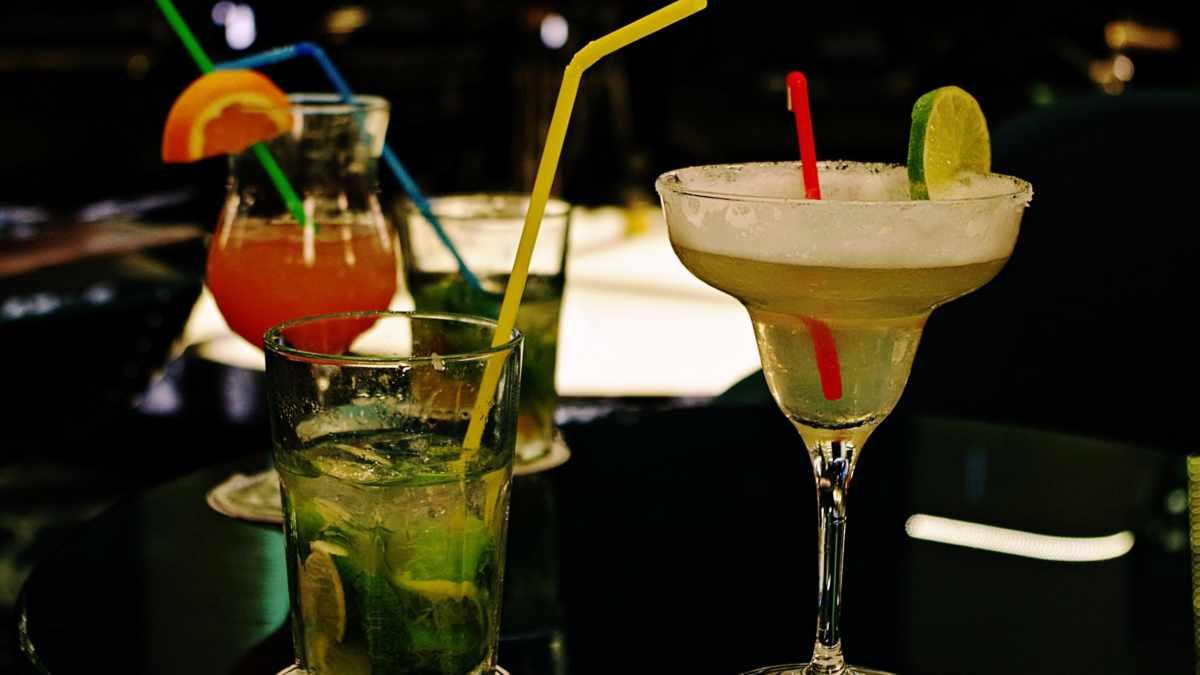 Tres recetas fáciles de cócteles para este verano