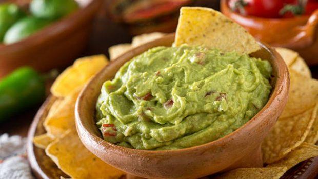 guacamole verde y fresco