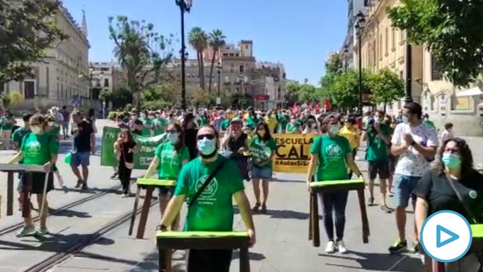 Se cruzan dos movilizaciones contrarias en Sevilla.