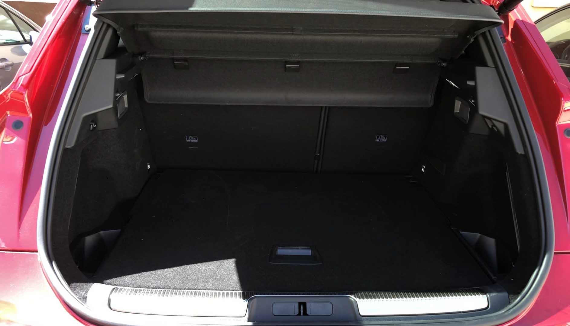 DS7 Crossback E-Tense 4×4: lujo, confort y potencia en un SUV espectacular