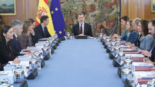 Sánchez niega al Congreso y al Senado las actas «secretas» de la reunión con el Rey 4 días antes del 8-M