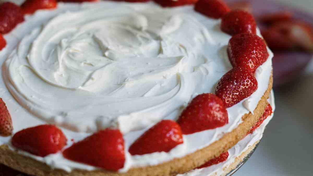 Receta casera de tarta helada de fresa