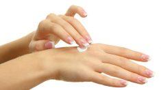 El gel hidroalcohólico puede provocar sequedad en la piel