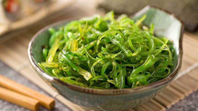Pasta casera con algas