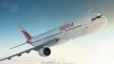La vuelta a casa por Navidad impulsa a Iberia: más del 70% de sus tripulantes de cabina están fuera del ERTE