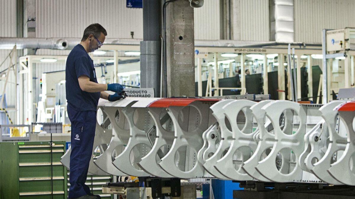 Trabajador en la planta de Airbus Puerto Real, Cádiz