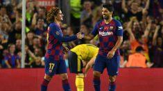 Luis Suárez y Antoine Griezmann, durante un partido con el Barcelona. (Getty)