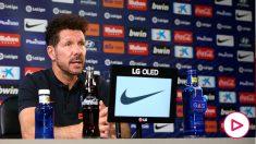 Simeone analiza el partido ante el Mallorca en sala de prensa. (Foto: atleticodemadrid.com)