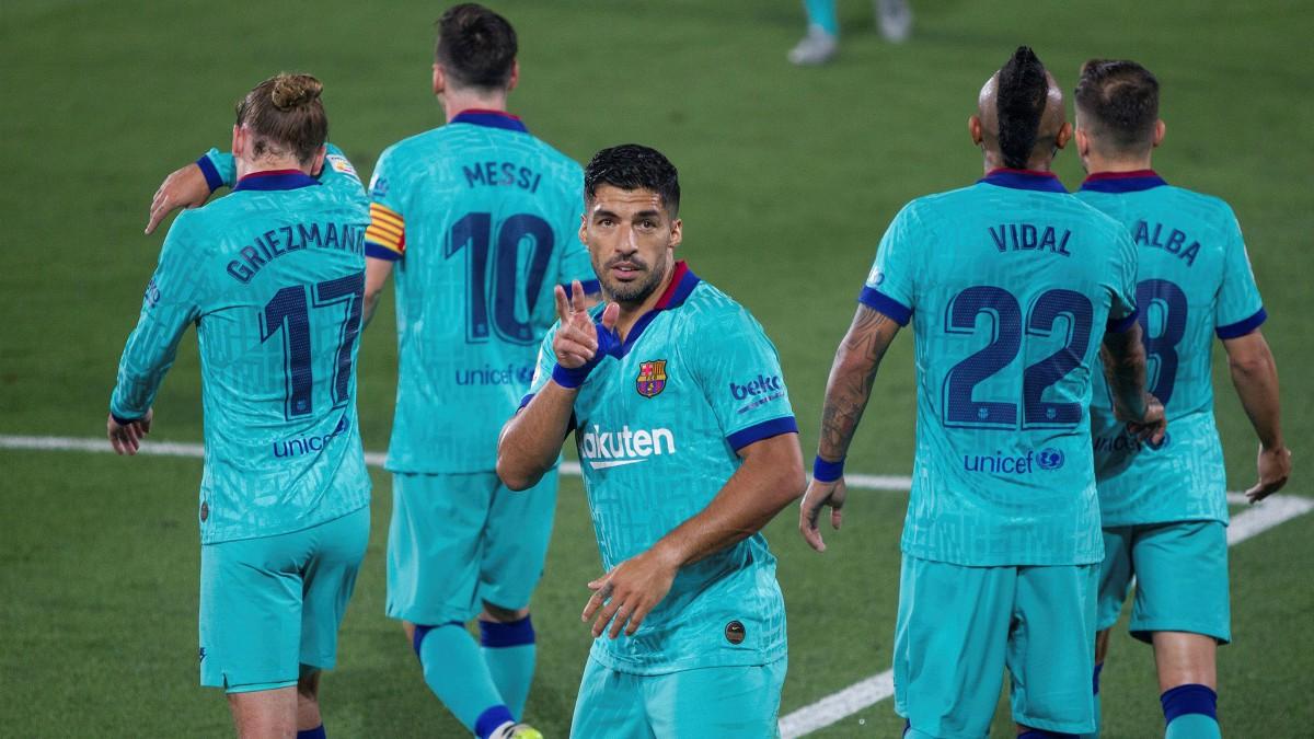 Luis Suárez celebra un gol al Villarreal. (EFE)