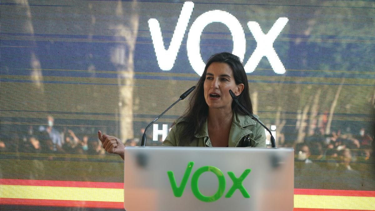 La portavoz de Vox en la Asamblea de Madrid, Rocío Monasterio, durante un acto electoral de Vox en Bilbao.
