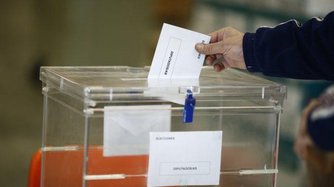 ¿Qué horario tienen los colegios electorales en Galicia y el País Vasco?