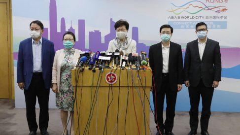La líder del Gobierno regional de Hong Kong, Carrie Lam, en rueda de prensa hablando sobre la Ley de Seguridad Nacional. Foto: EP