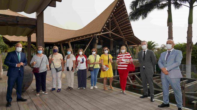 El hotel Lopesan Baobab Resort reabre sus puertas y recibe a los primeros clientes de la temporada de verano