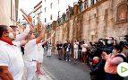 San Fermín sólo escucha los cánticos de los corredores en su primer día grande sin encierro desde 1978