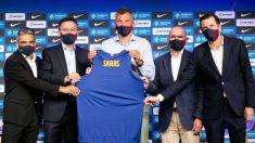 Jasikevicius, en su presentación junto a la directiva del Barcelona. (FCBarcelona)