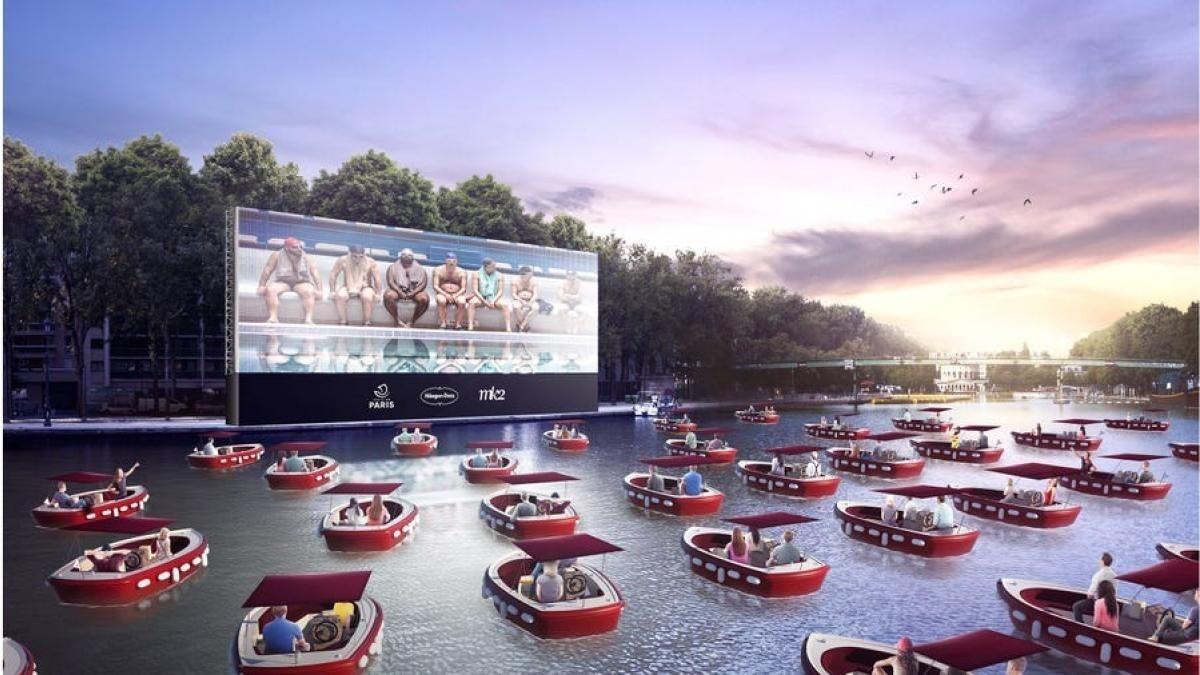 Cine flotante de París