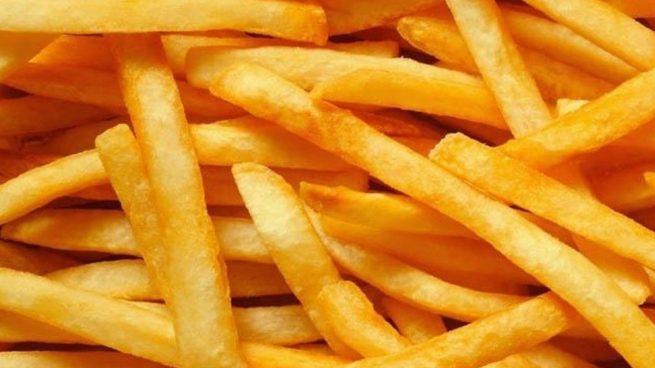 Muere una mujer después de cocinar patatas fritas con aceite lubricante