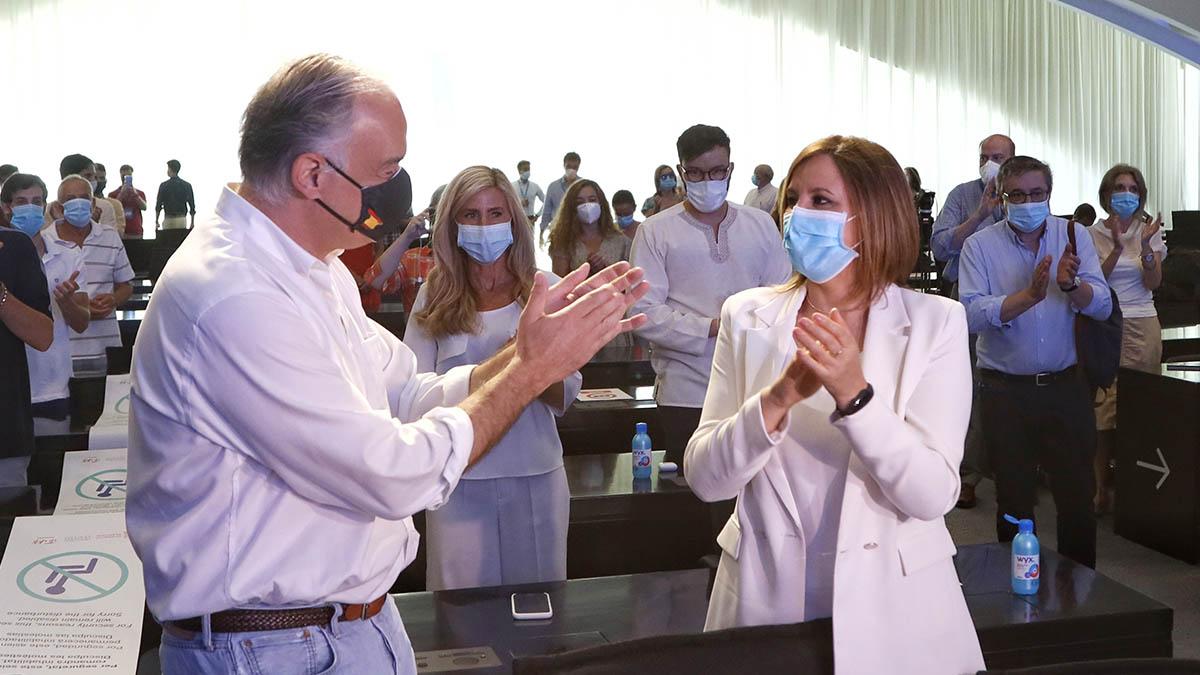 Esteban Gonzaléz Pons y María José Catalá.