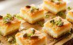 Receta de pastelitos de hojaldre con requesón y pistachos