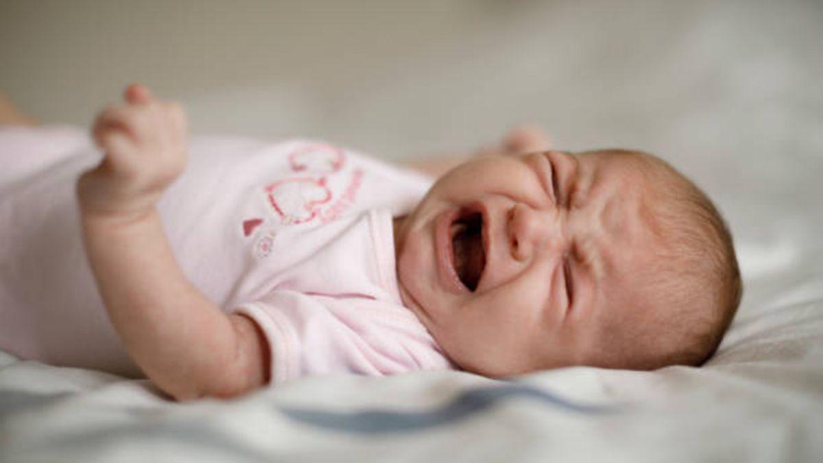 Todos los síntomas, causas y el tratamiento del rotavirus en bebés y niños