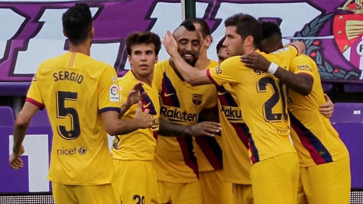 El Barcelona celebra un gol ante el Valladolid. (EFE)