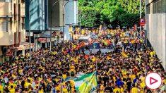 Miles de aficionados del Cádiz se agolpan en el Carranza. (Twitter)