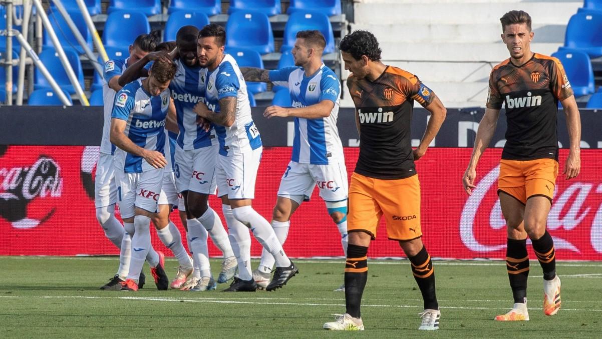El Leganés celebra el gol de Rubén Pérez ante el Valencia. (EFE)