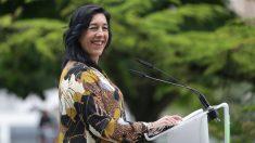 La cabeza de lista de Vox al Parlamento vasco por Álava, Amaia Martínez, interviene en el acto del cierre de campaña del partido para las elecciones vascas del 12 de julio, en Vitoria. Foto: EP