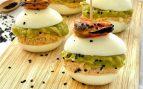Receta de huevos rellenos de guacamole y escabeche