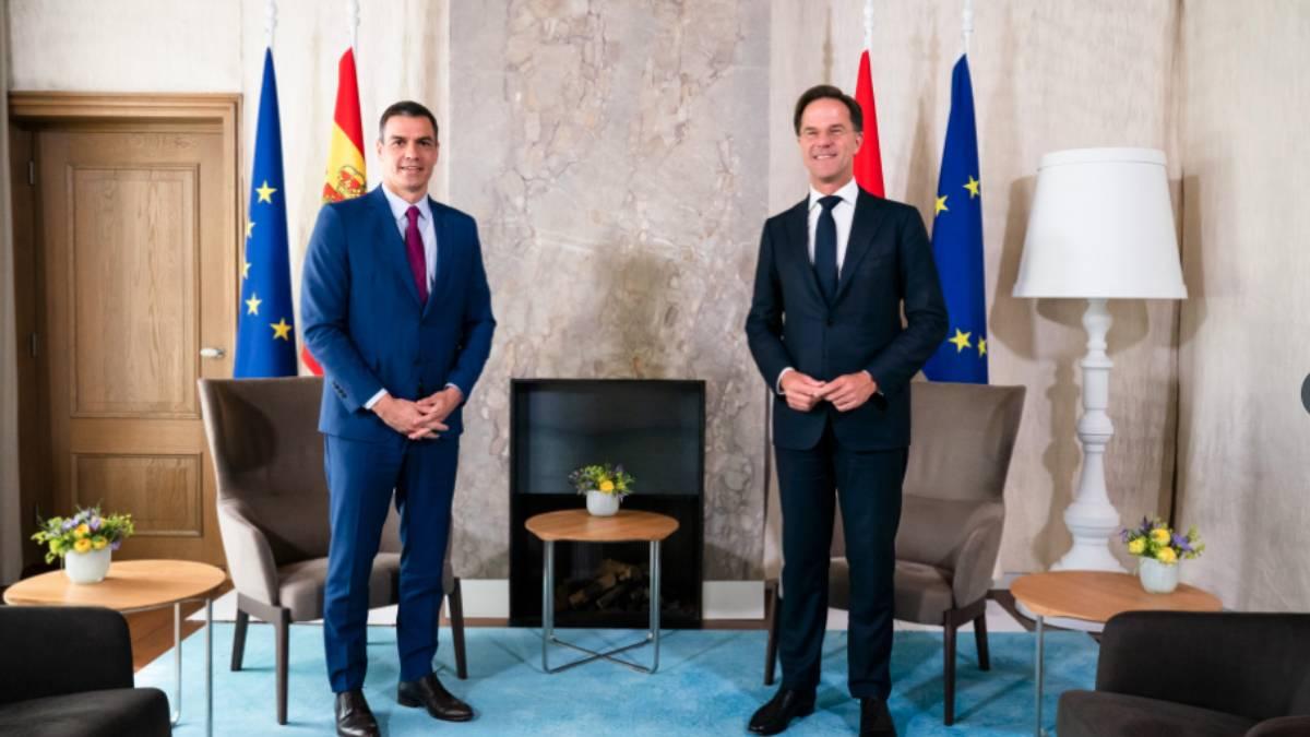 Pedro Sánchez y el primer ministro holandés, Mark Rutte