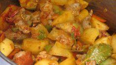 Receta de Patatas con setas y jabalí