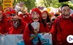 """La plantilla de Nissan se manifiesta en el Congreso al grito de """"Sanchez rata, sal de la cloaca"""""""