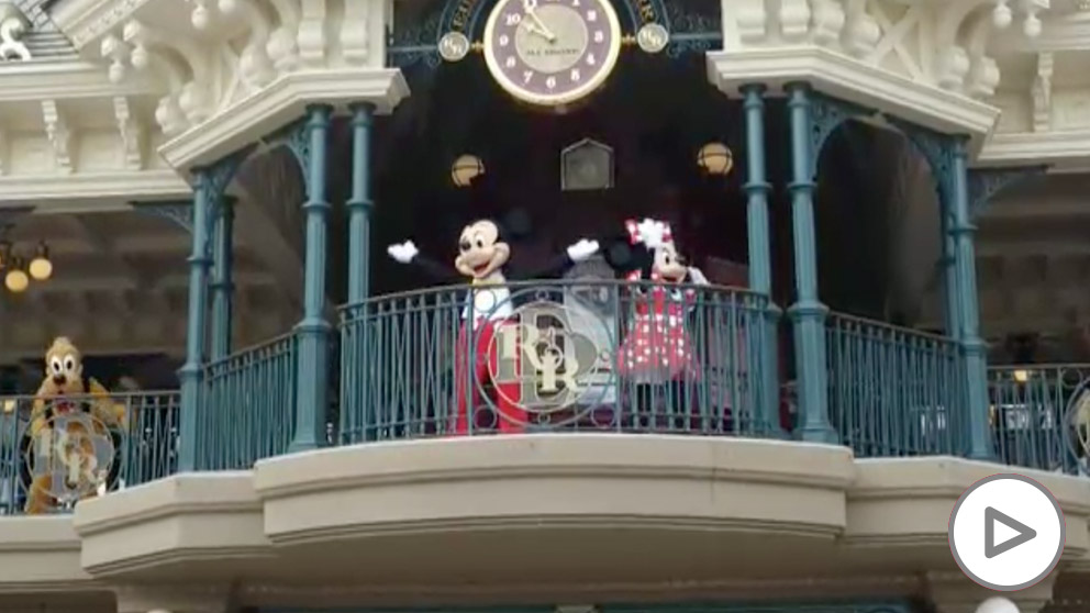 Disneyland París reabre sus puertas tras cuatro meses cerrado
