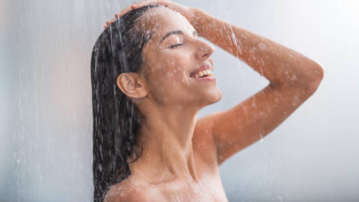 Cómo lavar la cabeza para evitar enredos en el pelo