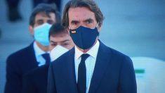 El expresidente Aznar con la bandera de España en su mascarilla