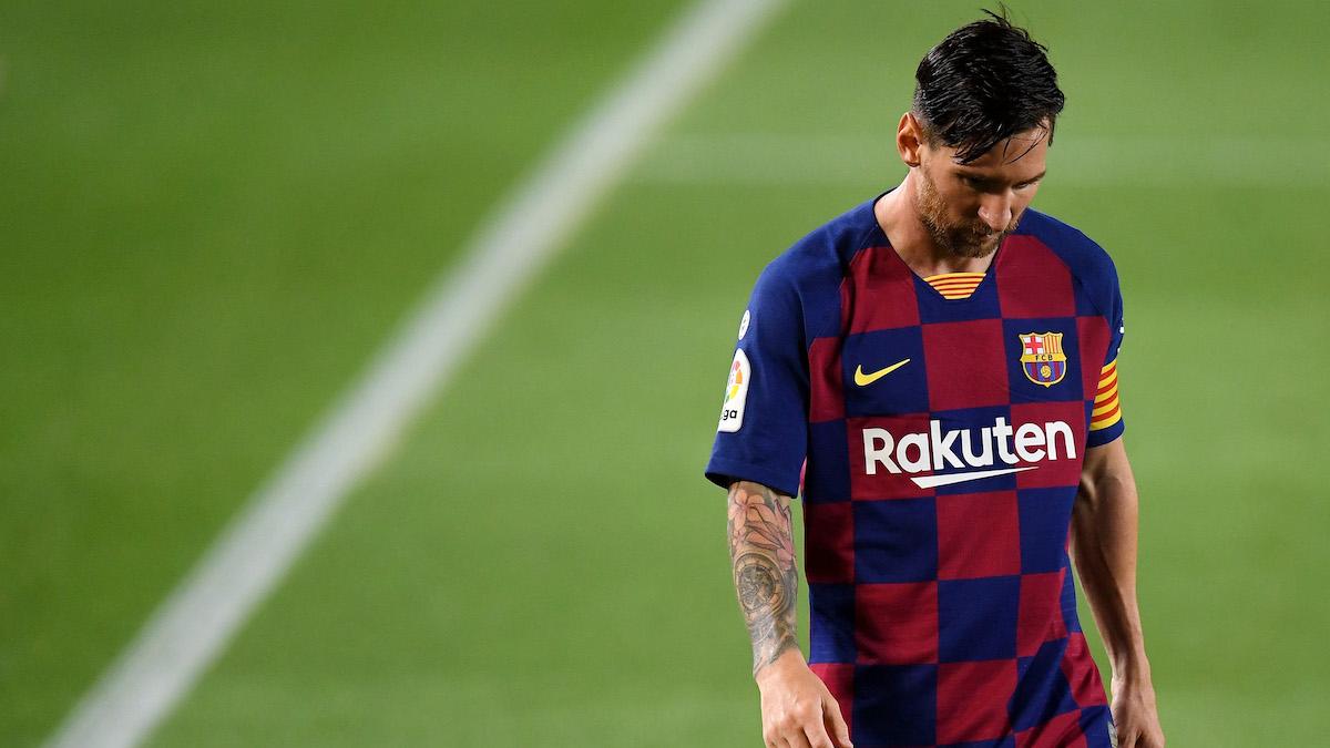 Leo Messi, decepcionado tras la derrota en el Camp Nou ante Osasuna. (Getty)