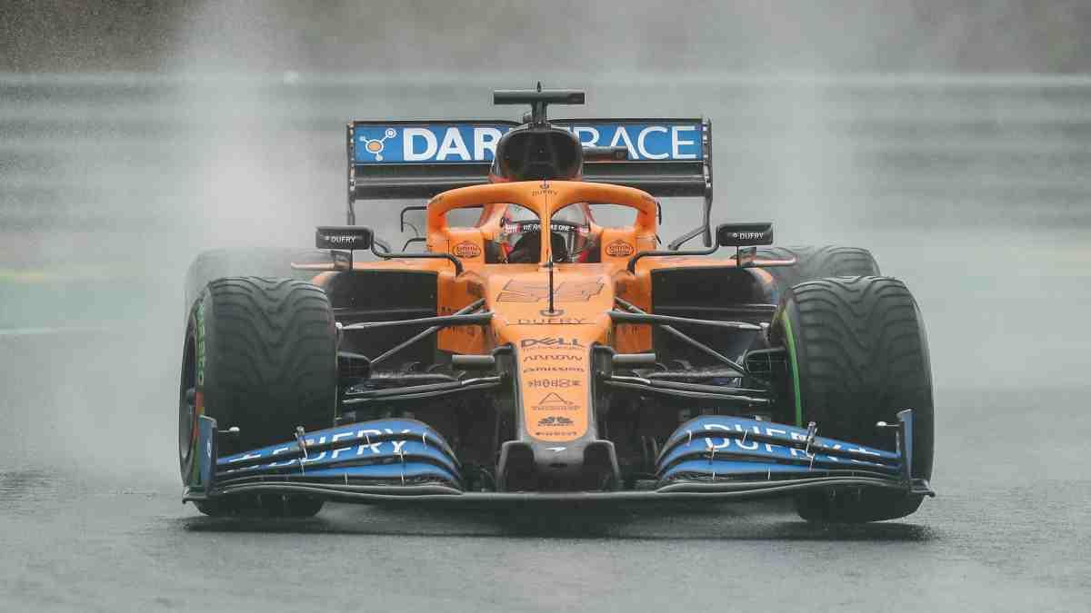 Carlos Sainz durante los Libres 2 del GP de Hungría. (AFP)