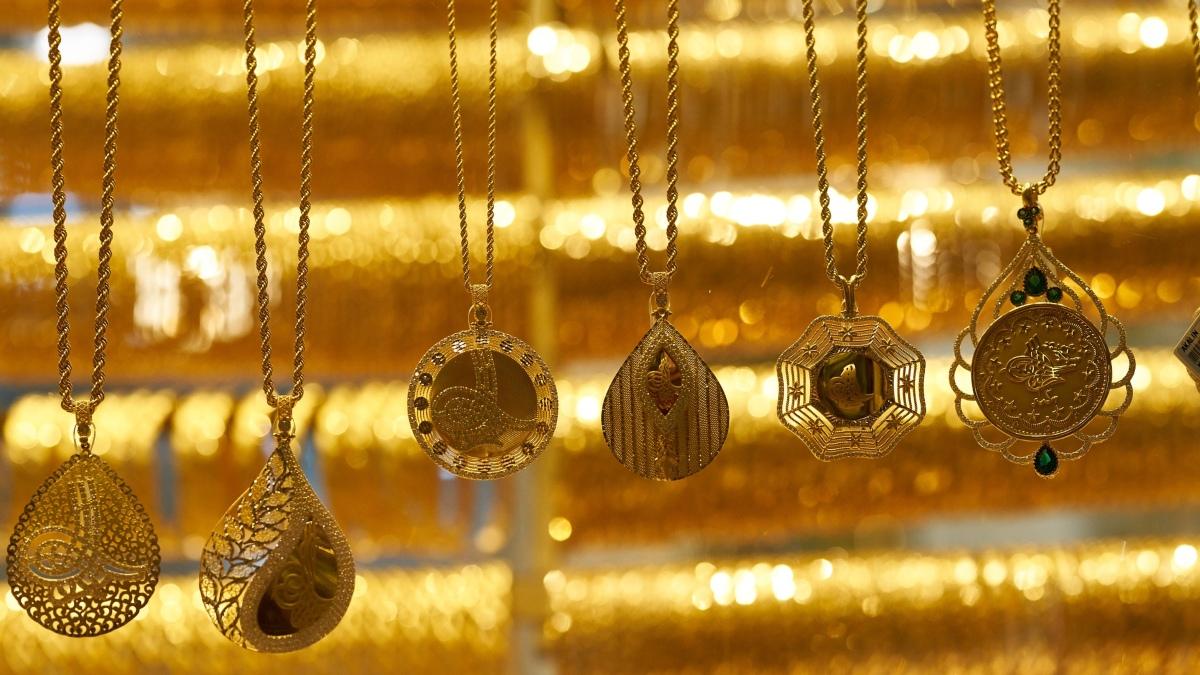 YouTube: Una joyería líquida todo su inventario organizando una búsqueda del tesoro valorada en 7.000 euros